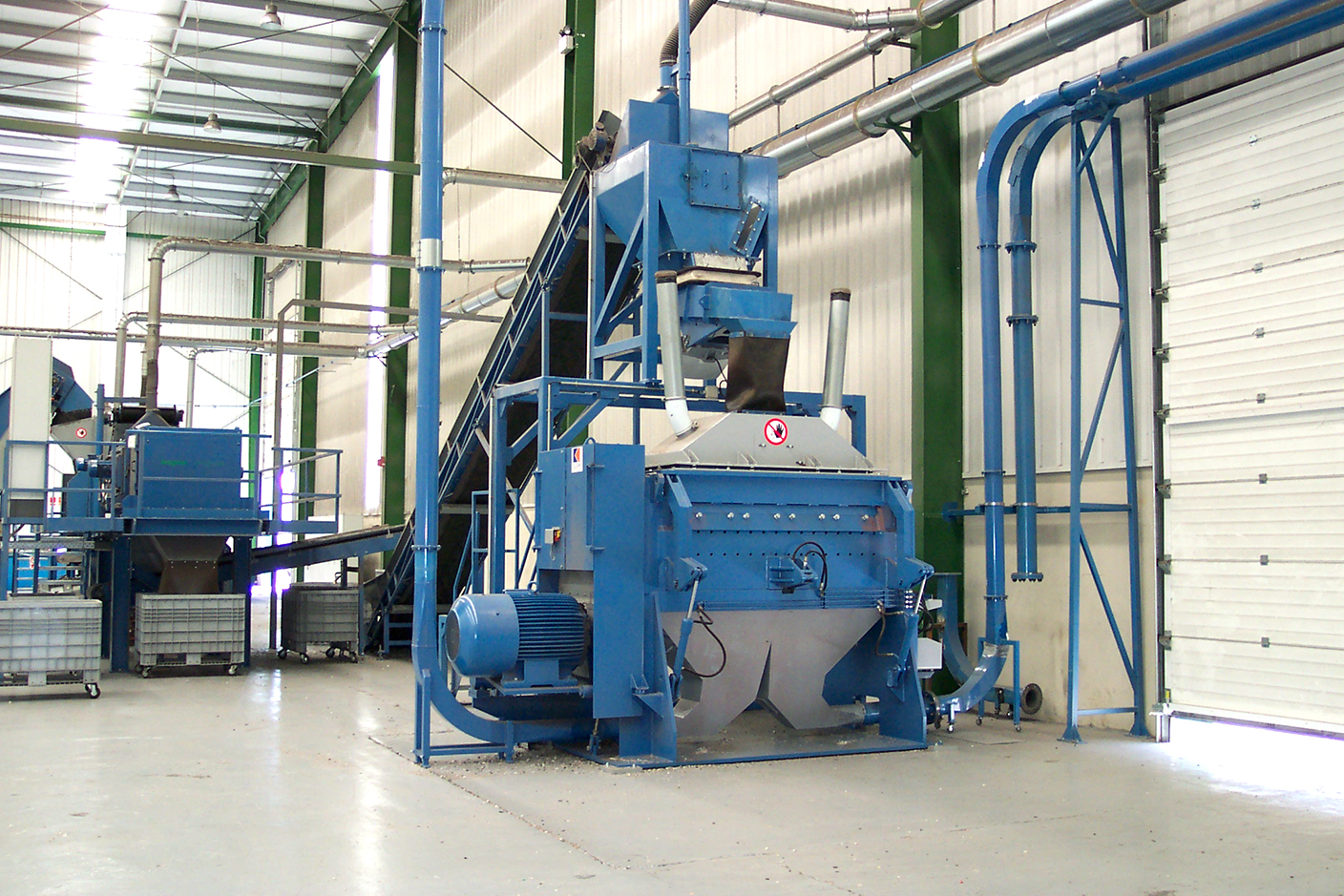 Heavy Granulator for recycling of WEEE, cable, aluminium, SLF/ASR, MSW or plastic.